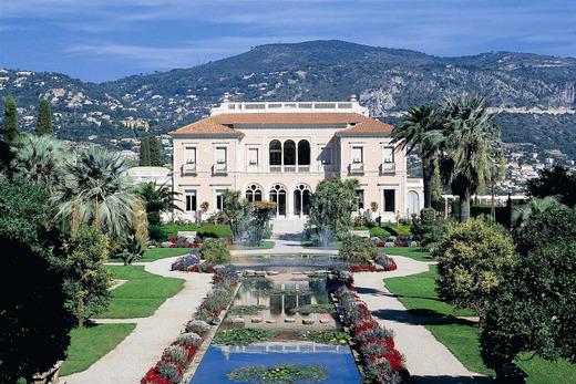 Les jardins de la villa rotschild gay tourisme magazine for Les jardins de la villa et spa